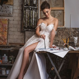 yaniv persy fall 2019 lavish bridal collection featured on wedding inspirasi thumbnail