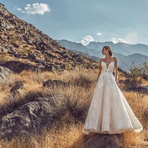 calla blanche spring 2019 bridal wedding inspirasi featured wedding gowns dresses and collection