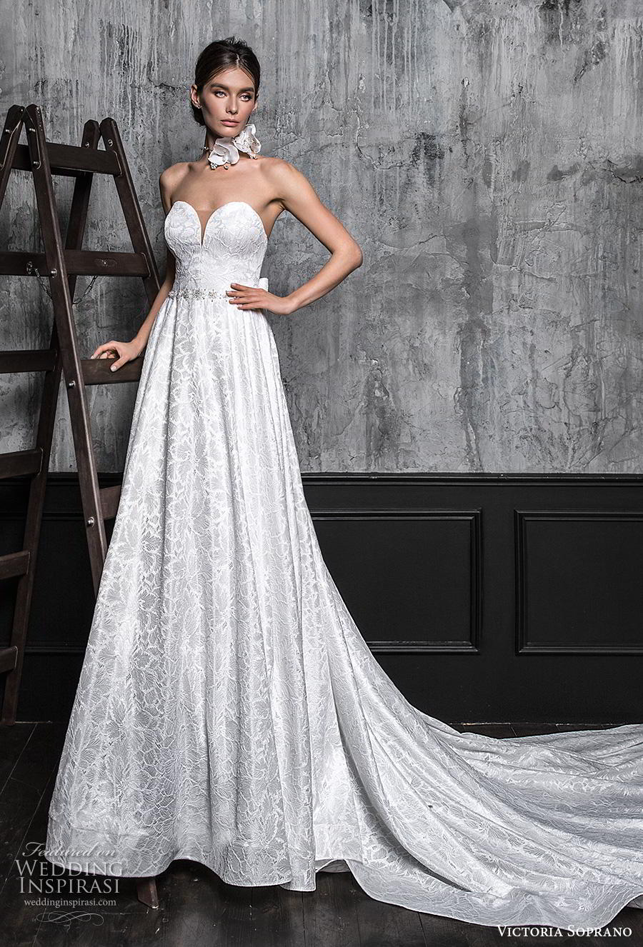 victoria soprano 2020 bridal strapless deep plunging sweetheart neckline full embellishment glamorous elegant a line wedding dress chapel train (16) mv