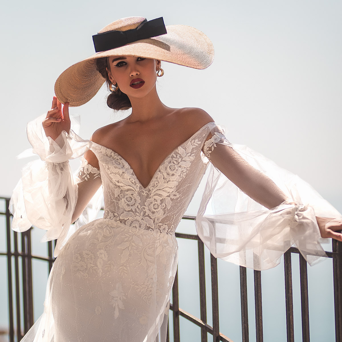 Wedding Gown Trends: Wedding Dress Trends To Love In 2019: Necklines & Sleeves