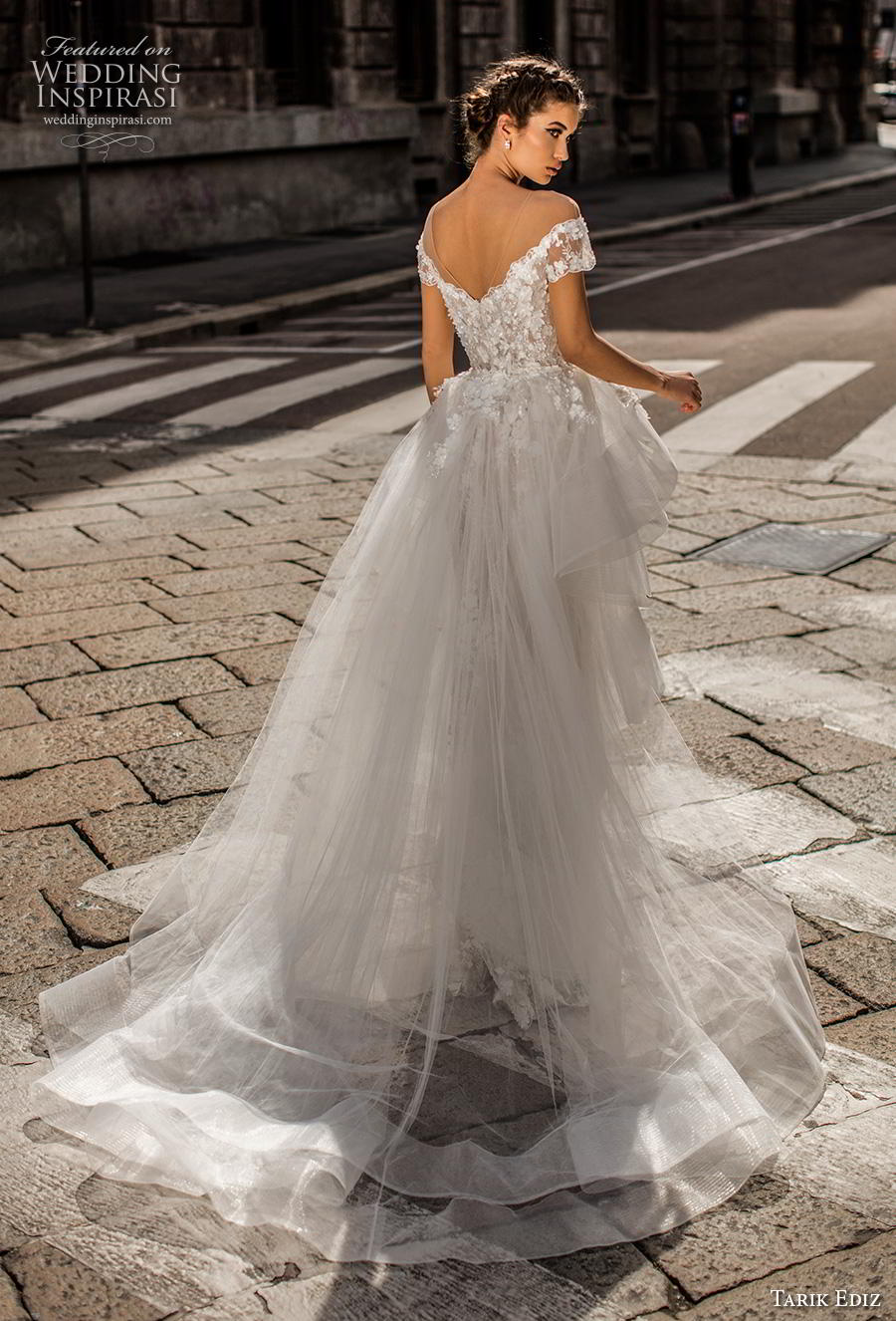 tarik ediz 2019 bridal illusion off the shoulder illusion bateau sweetheart neckline full embellishment romantic sheath wedding dress a  line overskirt chapel train (3) bv