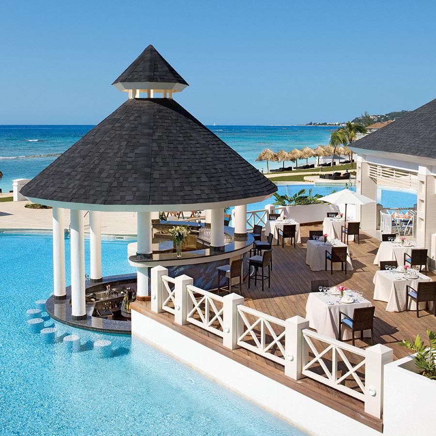 st james montego bay jamaica destination wedding honeymoon seaside grill swim out ocean front pool view