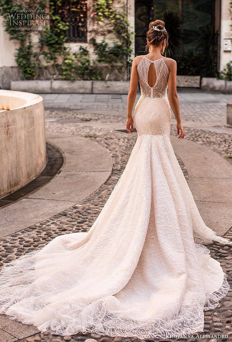 giovanna alessandro 2019 bridal sleeveless halter neck heavily full embellishment elegant sexy champagne trumpet wedding dress keyhole back chapel train (10) bv