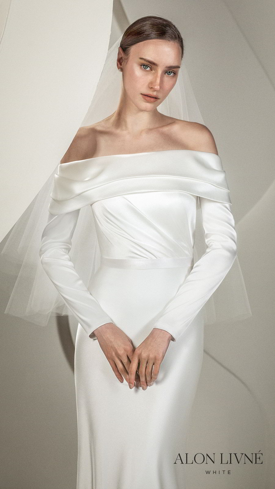 alon livne white spring 2020 bridal off shoulder foldover neckline long sleeves simple sheath column wedding dress (juliet) elegant chic minimalist mv