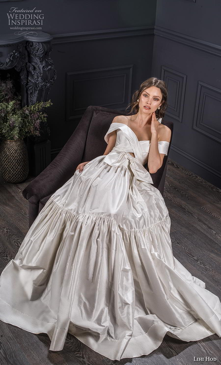 lihi hod spring 2020 bridal off the shoulder sweetheart neckline ruched bodice ruched skirt simple romantic ball gown a  line wedding dress short train (2) mv