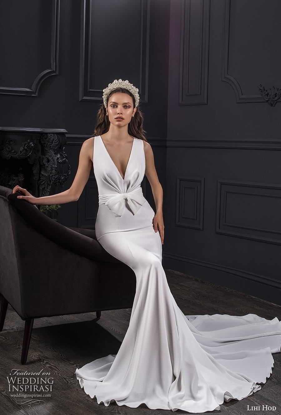 lihi hod spring 2020 bridal sleeveless deep v neck simple minimalist elegant fit and flare wedding dress chapel train (7) mv