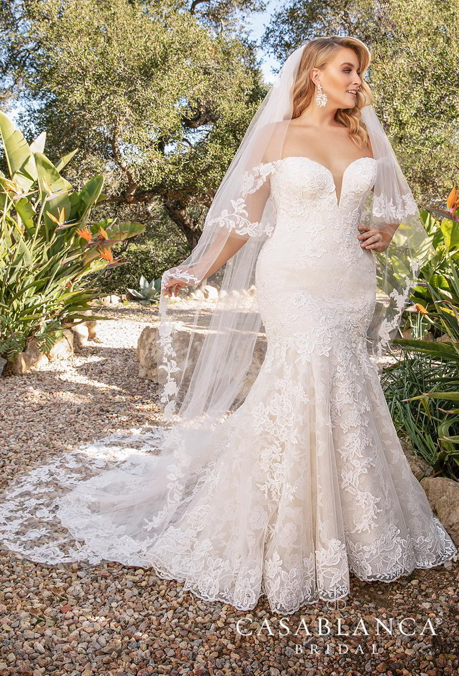 casablanca fall 2019 bridal strapless sweetheart neckline full embellishment elegant romantic fit and flare mermaid wedding dress mid back chapel train (2376) mv