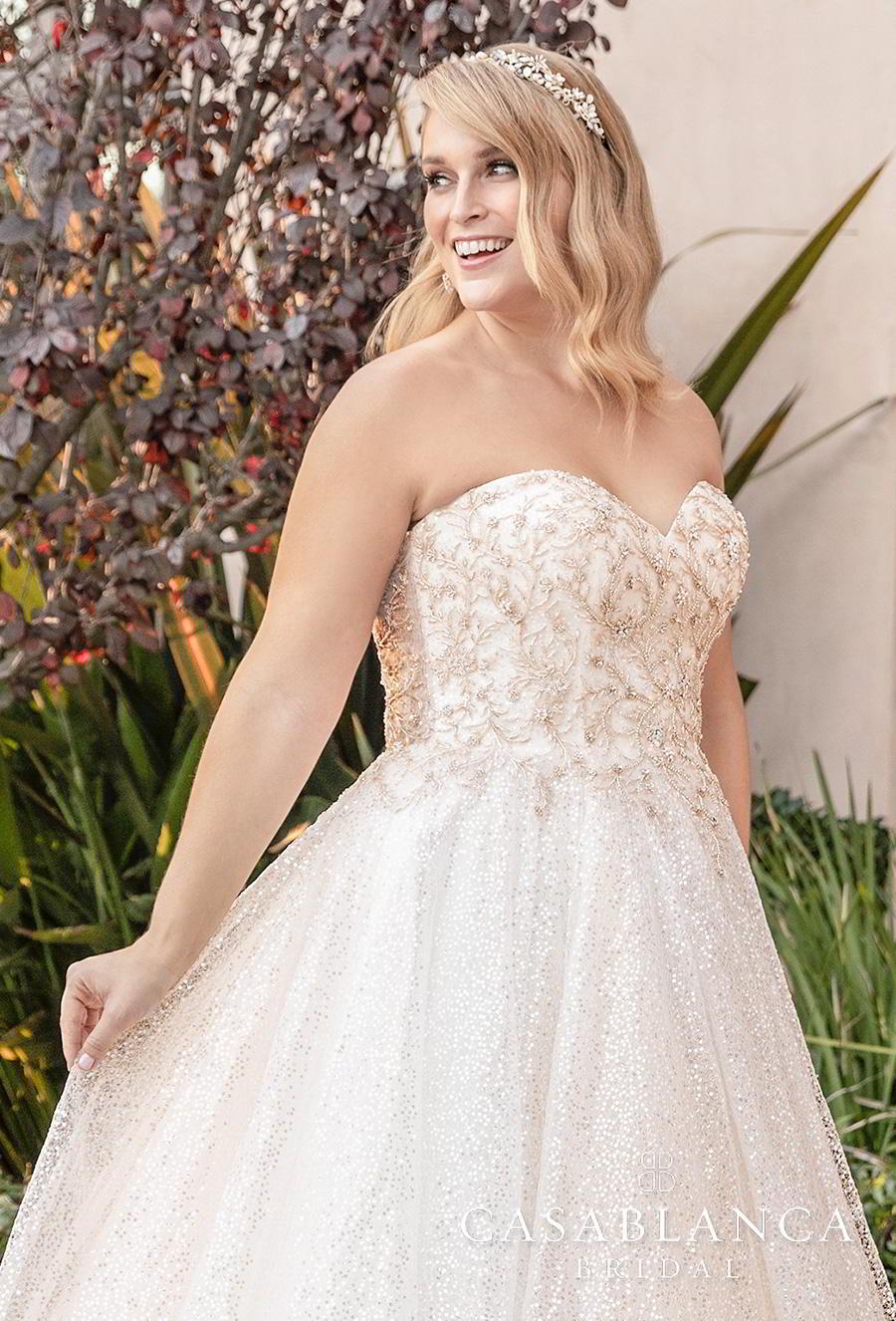 casablanca fall 2019 bridal strapless sweetheart neckline heavily embellished bodice plus size romantic a  line wedding dress mid back short train (2394) zv