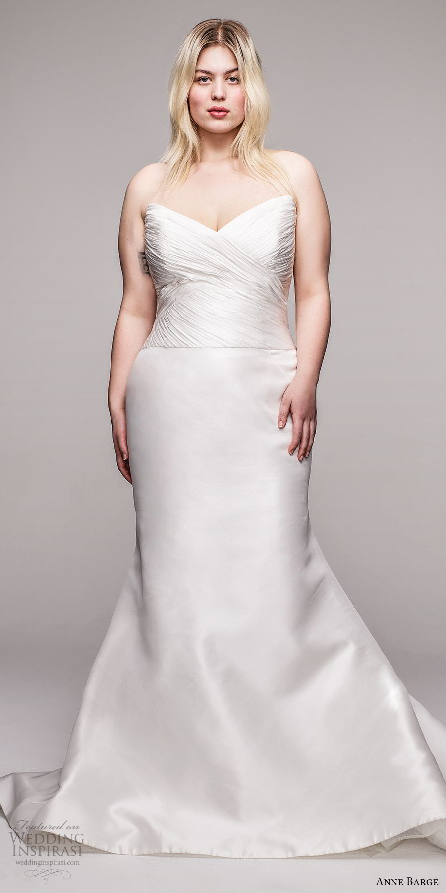 anne barge 2020 bridal plus size strapless semi sweetheart ruched bodice fit flare mermaid wedding dress (4) elegant chapel train mv