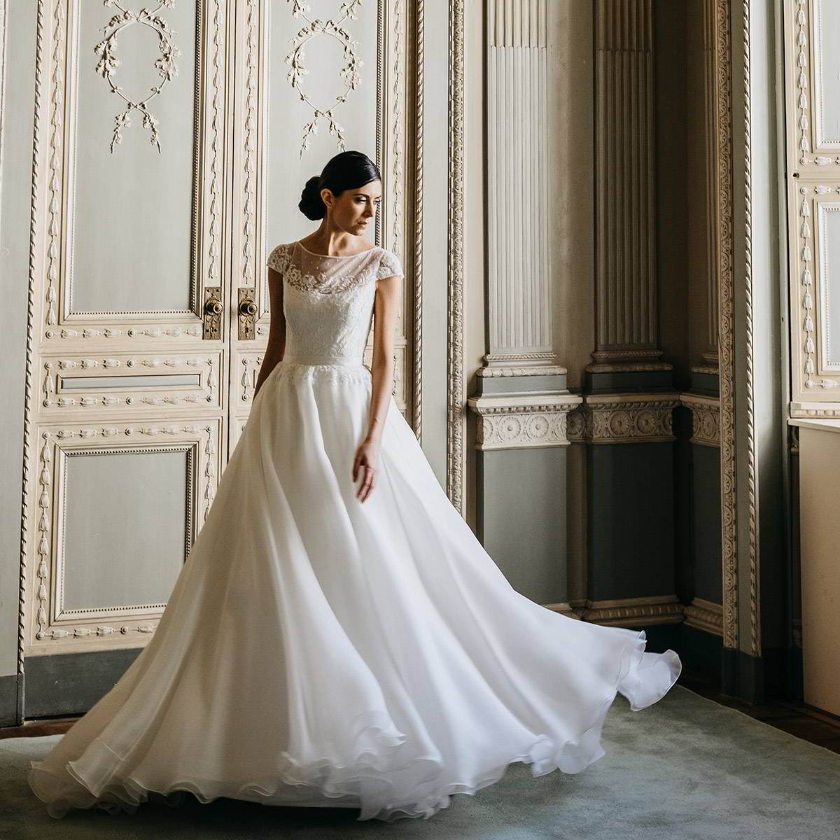 couture hayez 2020 bridal collection featured on wedding inspirasi thumbnail