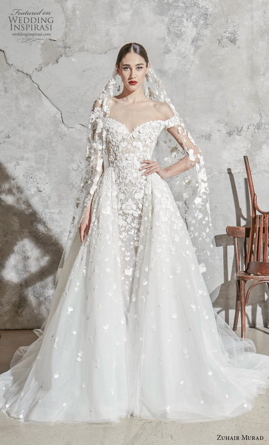 zuhair murad spring 2020 bridal off the shoulder sweetheart neckline full embellishment princess romantic a  line wedding dress overskirt (1) mv