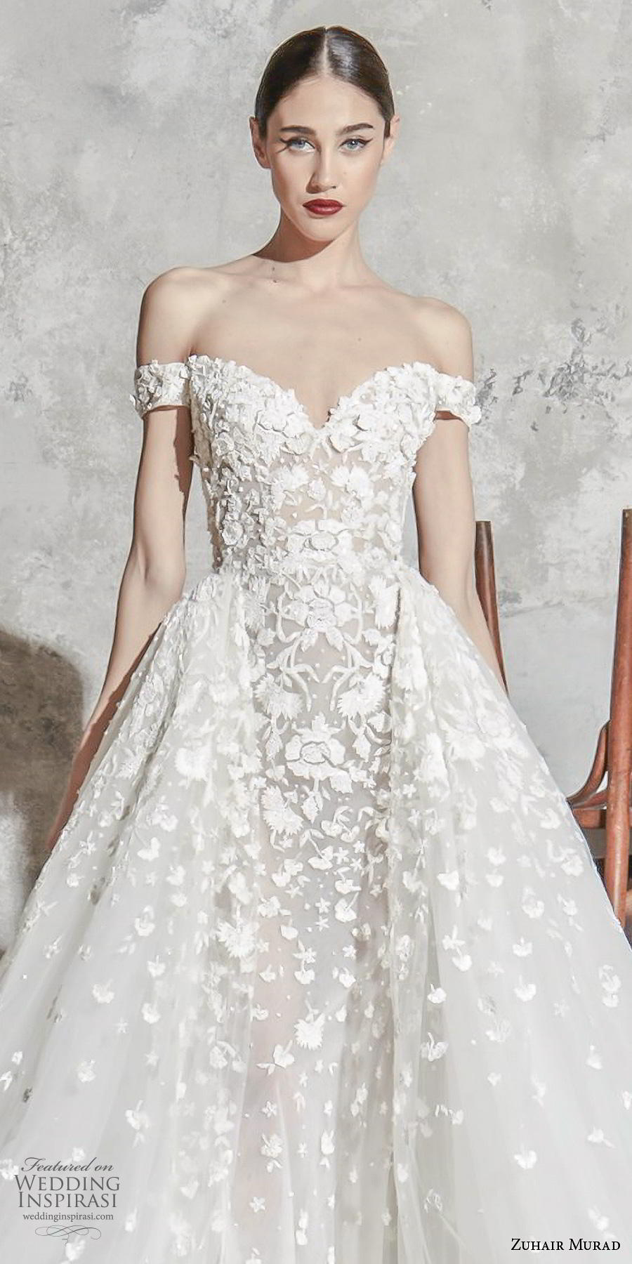 zuhair murad spring 2020 bridal off the shoulder sweetheart neckline full embellishment princess romantic a  line wedding dress overskirt (1) zv