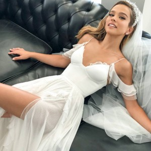 alon livne 2019 bridal collection featured on wedding inspirasi thumbnail