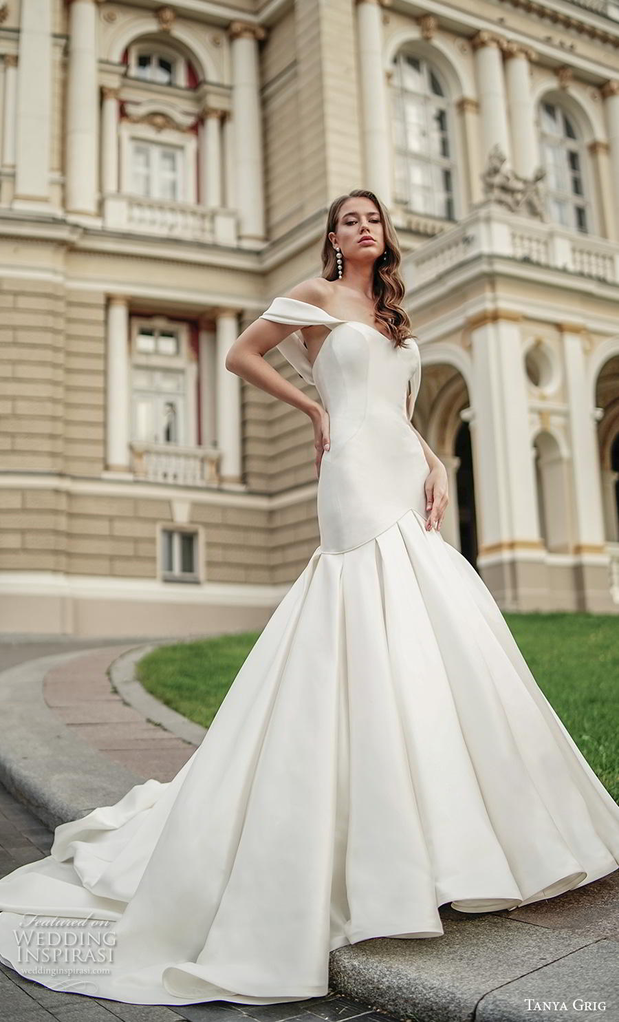 tanya grig 2020 bridal off the shoulder sweetheart neckline simple clean minimalist elegant mermaid wedding dress mid back chapel train (11) mv