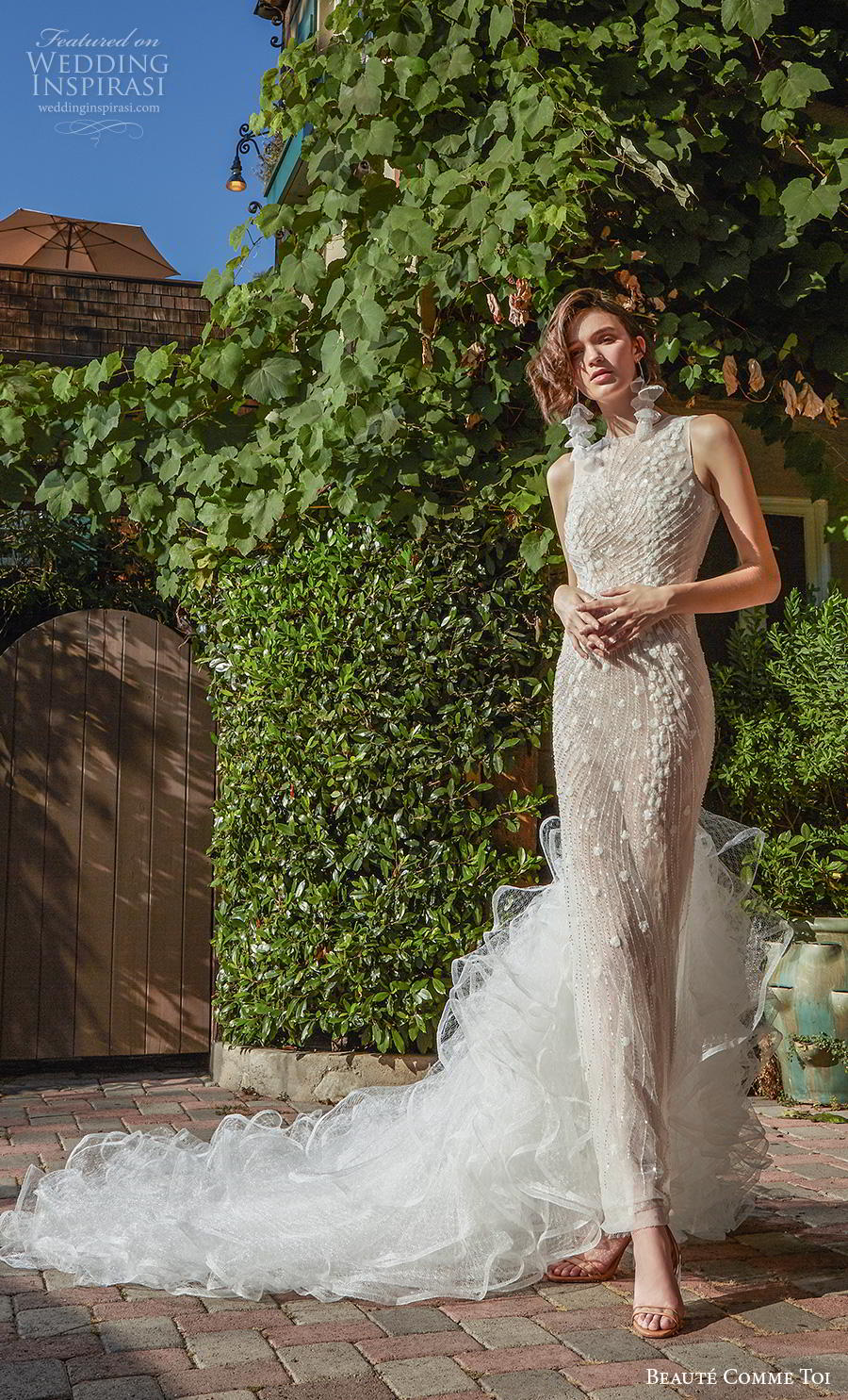 beaute comme toi f2020 bridal sleeveless halter jewel neck full embellishment elegant glamorous sheath wedding dress backless v back ruffled long train (zinnia) mv