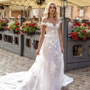 helena kolan 2020 bridal collection featured on wedding inspirasi thumbnail