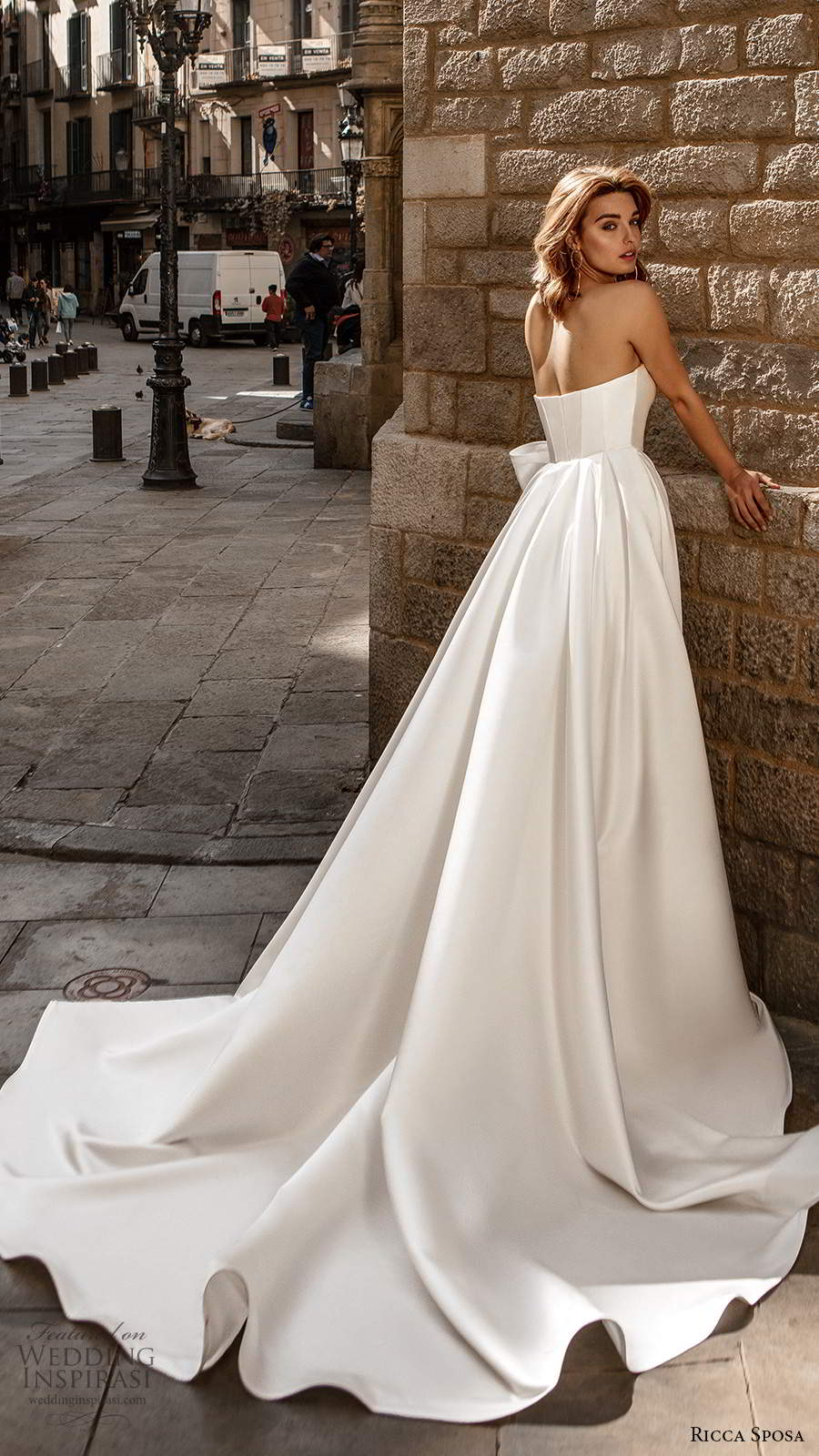 ricca sposa 2020 barcelona bridal strapless sweetheart ruched bodice minimalist clean a line ball gown wedding dress chapel train (2) bv