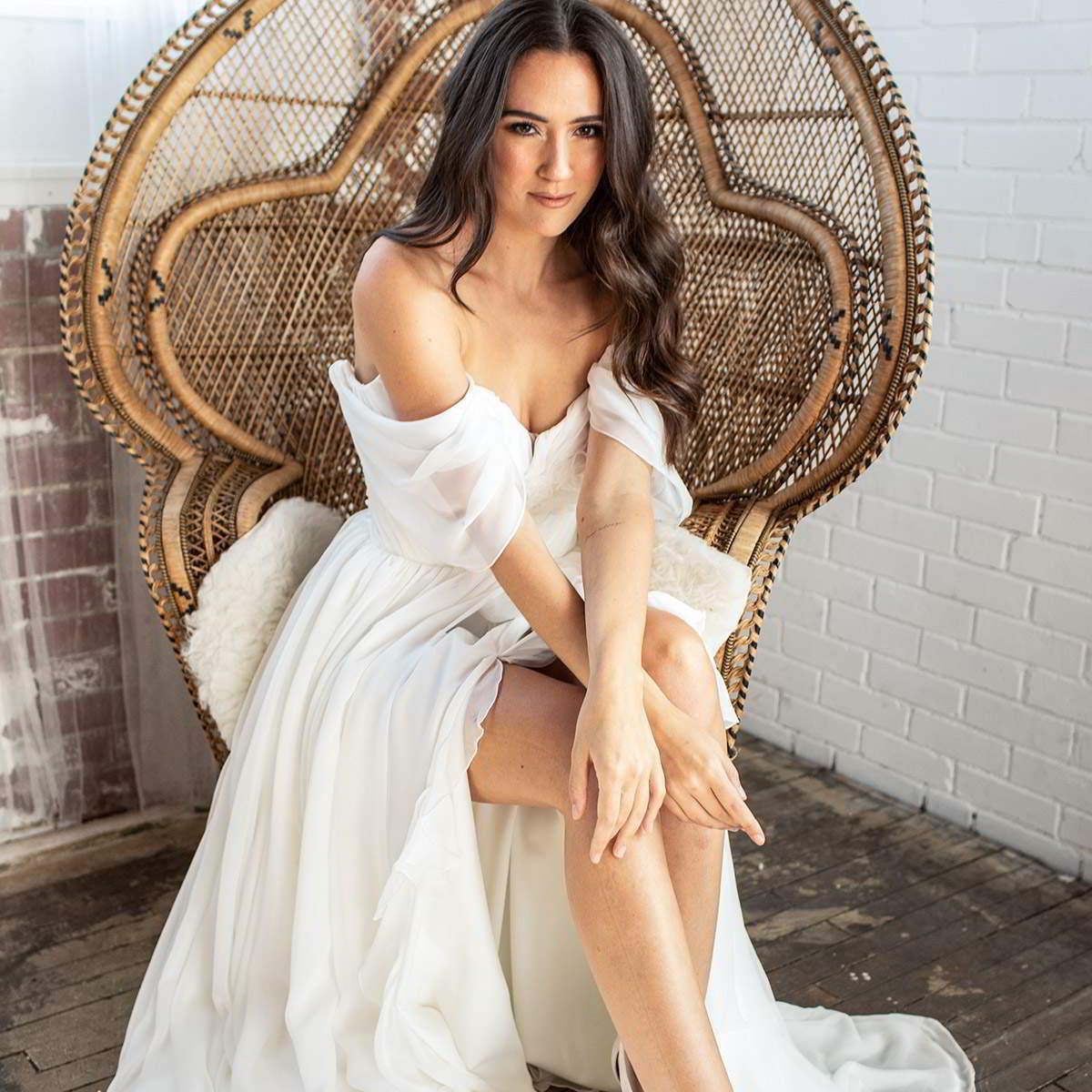 barbara kavchok fall 2020 bridal collection featured on wedding inspirasi thumbnail