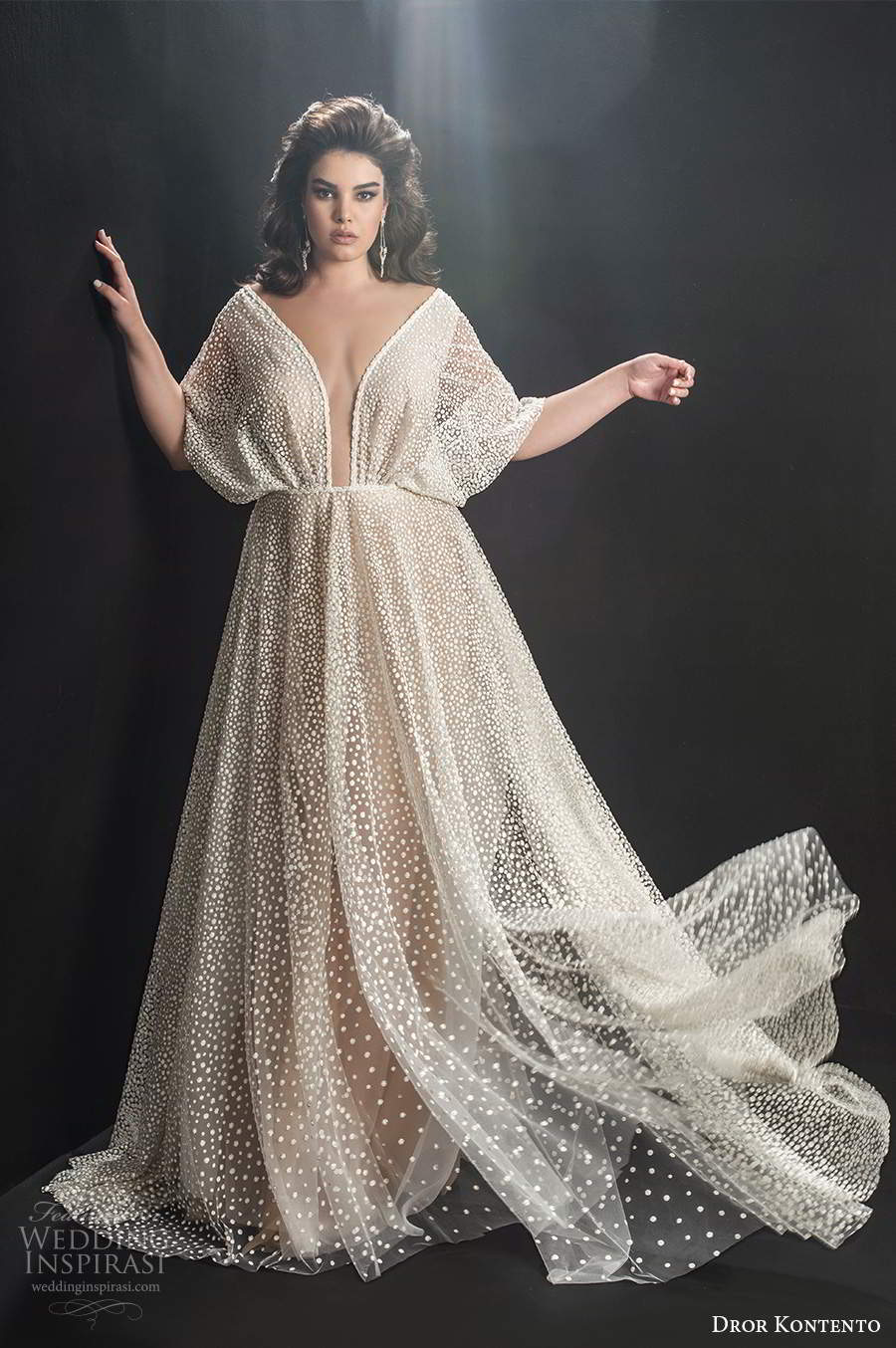 dror kontento 2019 bridal kaftan sleeve plunging v neckline fully embellished glitzy a line ball gown wedding dress sweep train (7) mv