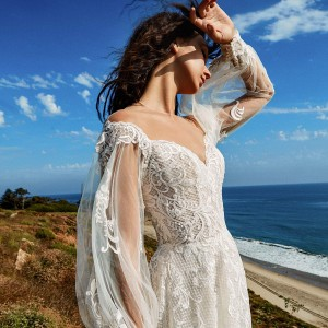 beaute comme toi f2020 bridal collection featured on wedding inspirasi thumbnail