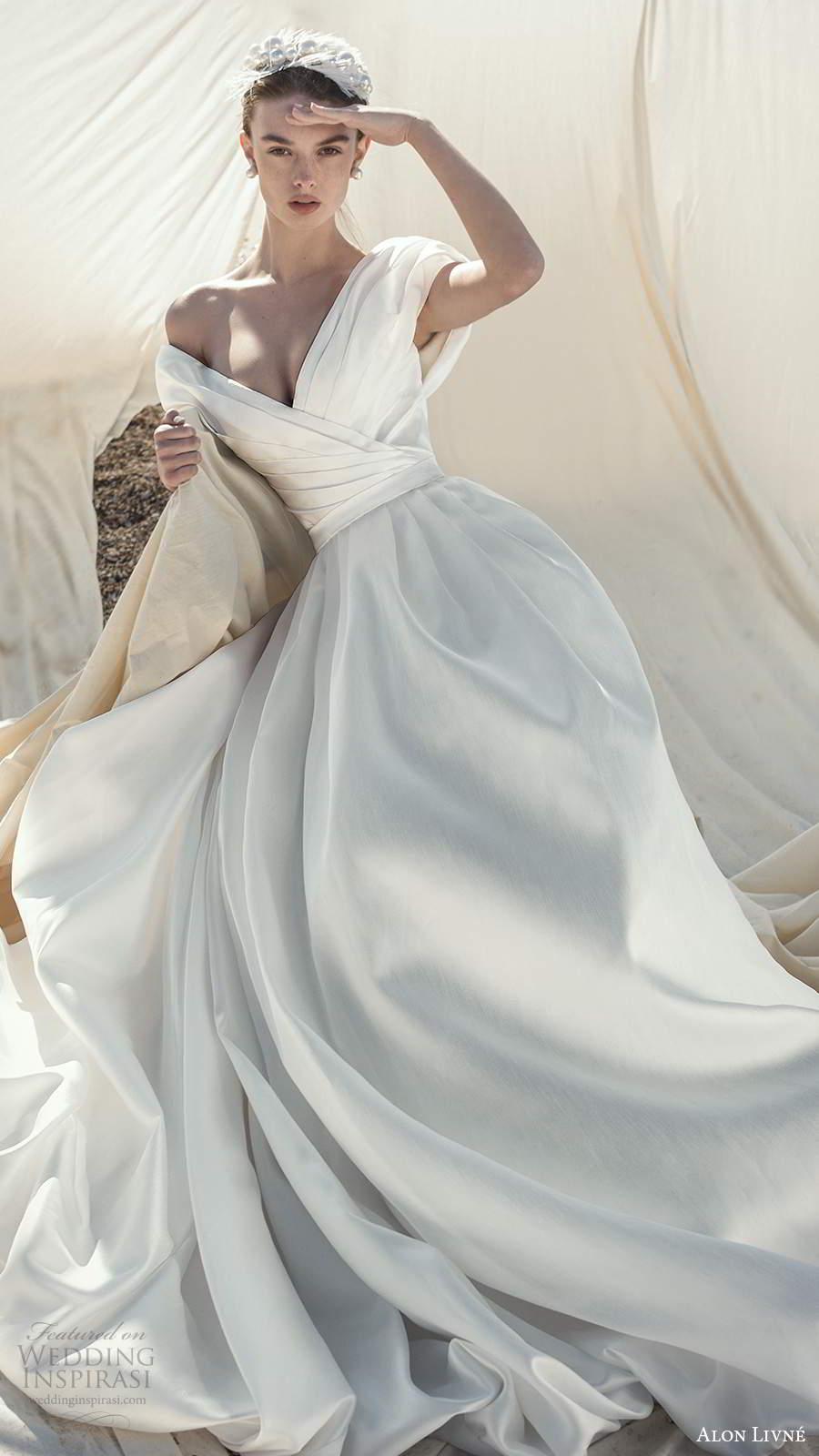 alon livne fall 2020 bridal short puff sleeves off shoulder v neckline pleated bodice a line ball gown wedding dress (1) mv