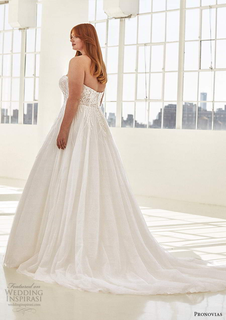 pronovias 2020 ashley graham x bridal strapless sweetheart neckline embellished bodice a line ball gown wedding dress chapel train (5) bv