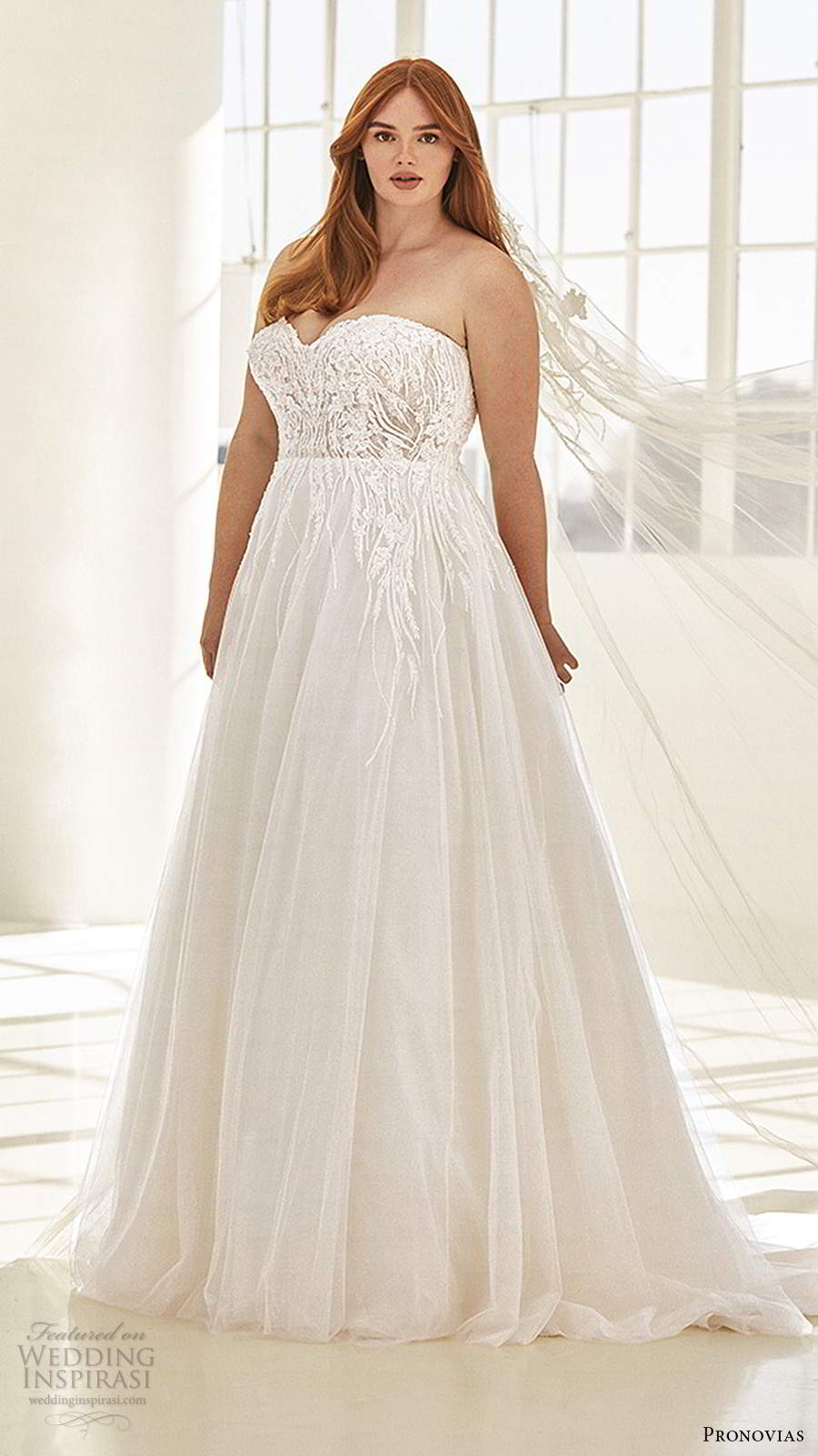 pronovias 2020 ashley graham x bridal strapless sweetheart neckline embellished bodice a line ball gown wedding dress chapel train (5) mv