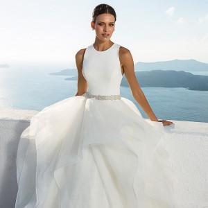 top 2020 wedding trends necklines backs on wedding inspirasi pinterest thumbnail