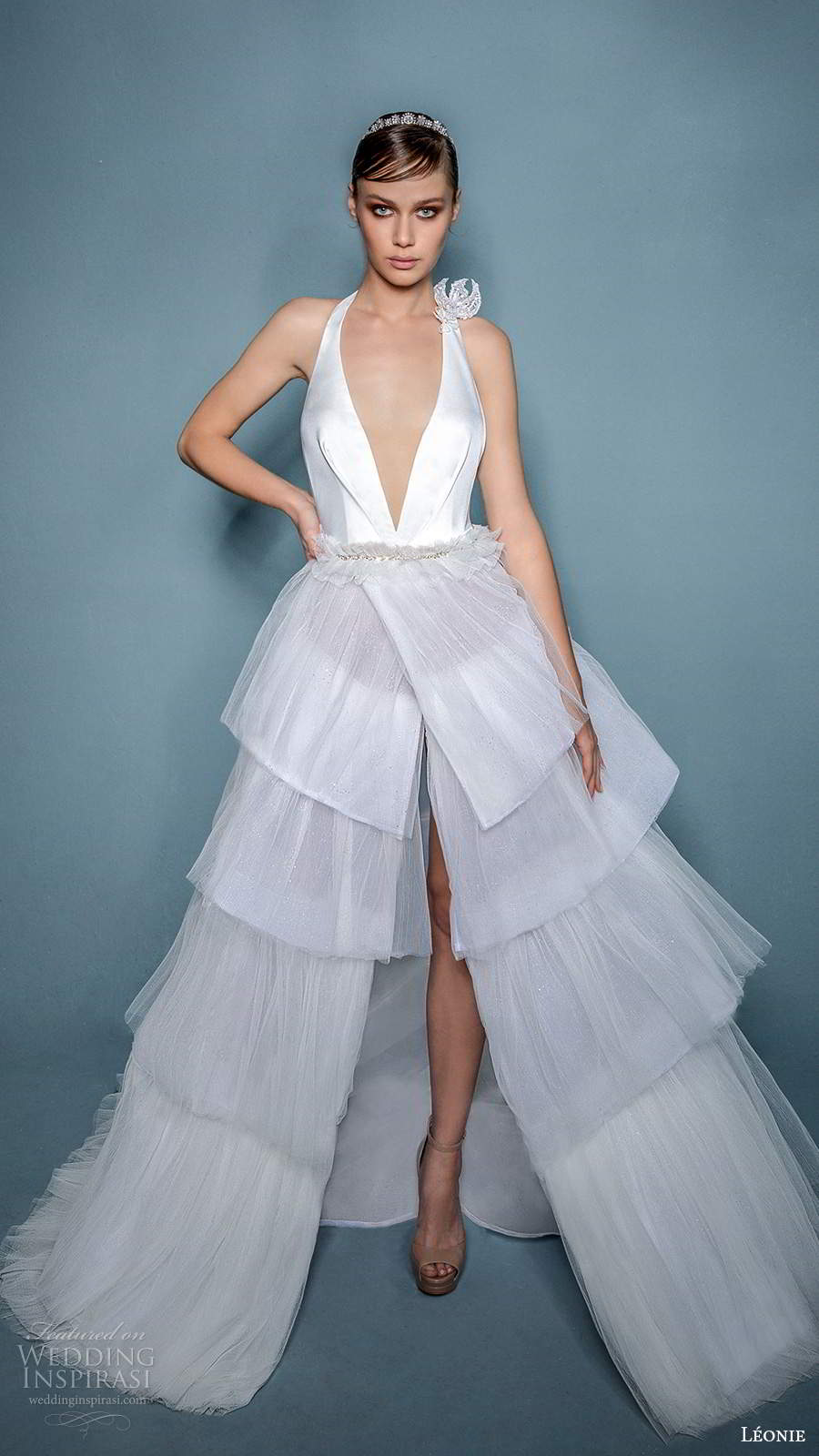 leonie bridal 2020 bridal sleeveless halter straps plunging v necklinen a line ball gown wedding dress slit skirt (10) mv
