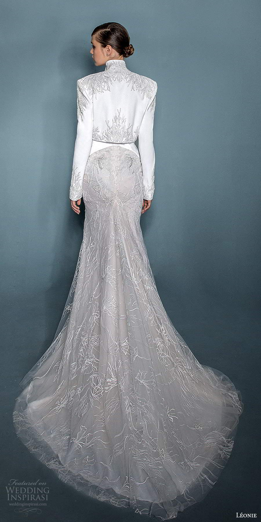 leonie bridal 2020 bridal sleeveless thin straps plunging v neckline embellished fit flare mermaid wedding dress slit skirt chapel train jacket (1) bv