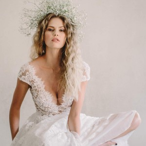 anna georgina 2021 bridal collection featured on wedding inspirasi thumbnail