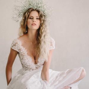 anna georgina 2021 bridal collection featured on wedding inspirasi thumbnail
