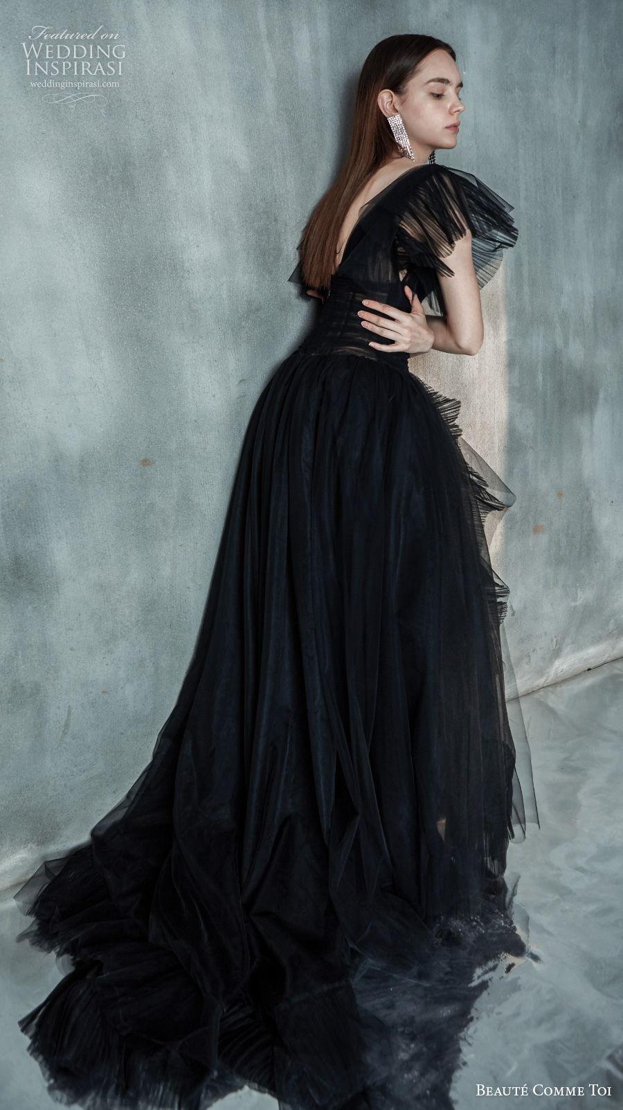 beaute comme toi 2021 bridal short butterfly sleeves v neck ruched bodice bohemian black wedding dress v back chapel train (dorothy) bv