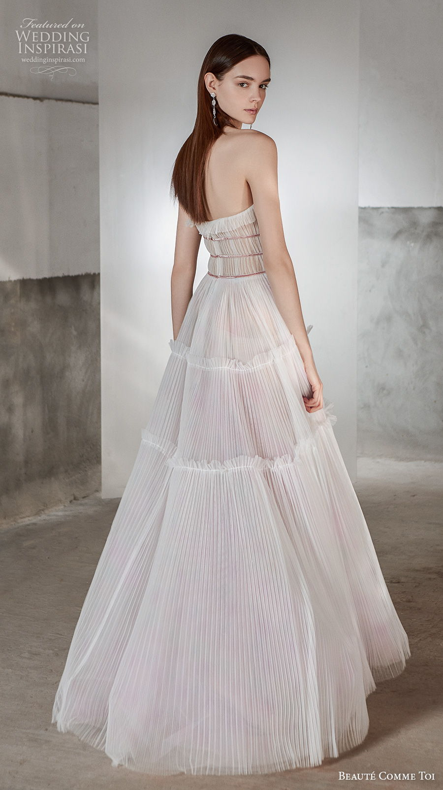 beaute comme toi 2021 bridal strapless sweetheart neckline pleated bodice romantic bohemian a  line wedding dress mid back sweep train (rosalee) bv