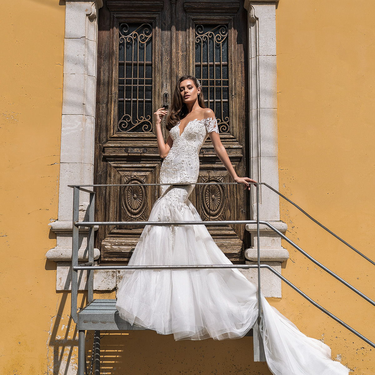 ari villoso 2021 bridal wedding inspirasi featured wedding gowns dresses and colelction