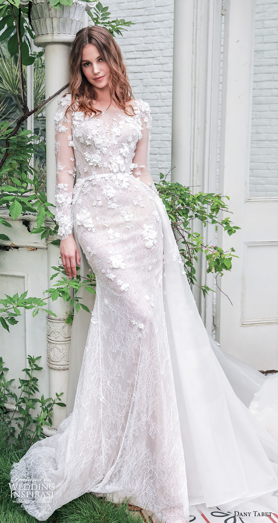 dany tabet 2021 emerge bridal long sleeves v neck heavily embellished bodice romantic fit and flare wedding dress keyhole back chapel train (2) mv