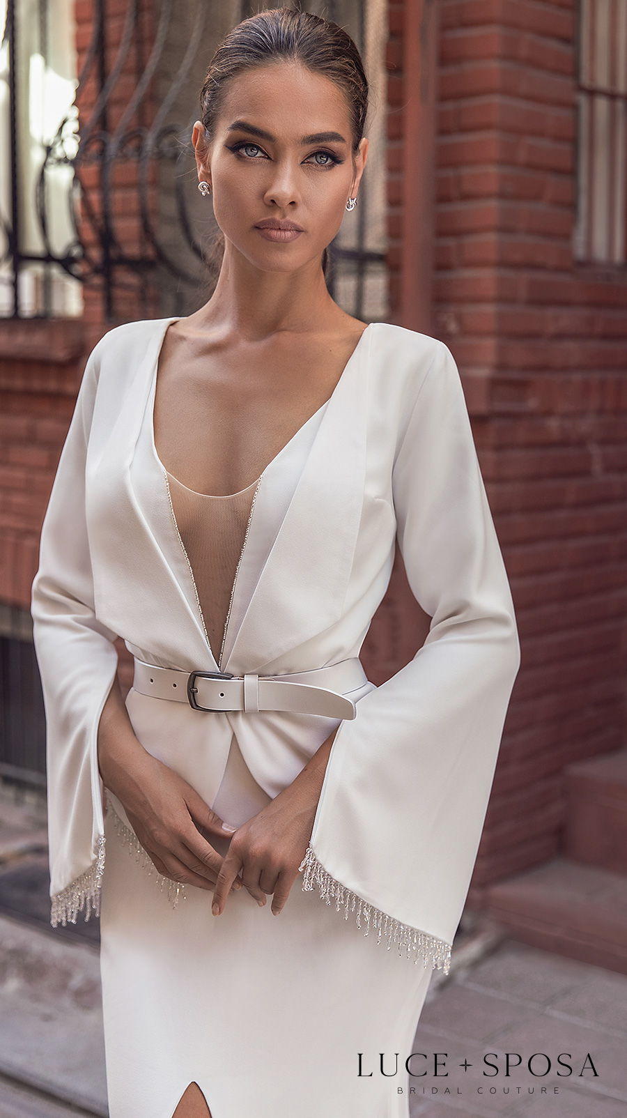 luce sposa s2021 istanbul bridal sleeveless deep v neck simple minimalist slit skirt elegant sheath wedding dress low v back chapel train (royalty) zv