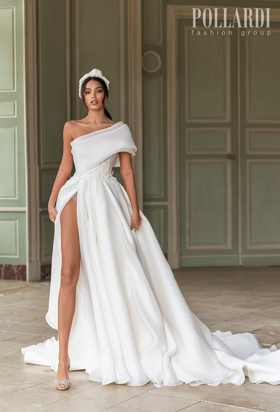 pollardi 2021 royalty bridal on shoulder simple high slit skirt sexy modern chic a  line wedding dress ribbon back royal train (queenliness) mv