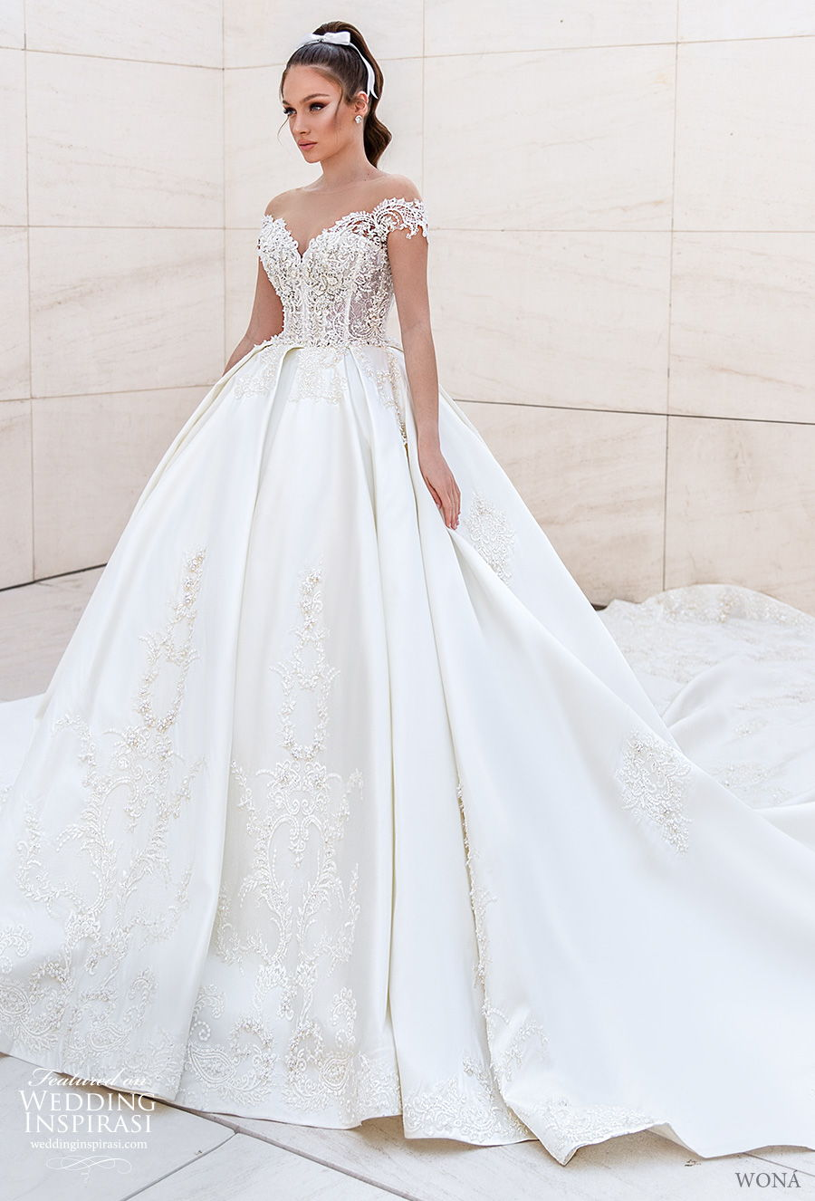 wona 2020 diva bridal short sleeves sweetheart neckline heavily embellished bodice princess ball gown wedding dress v back royal train (13) mv