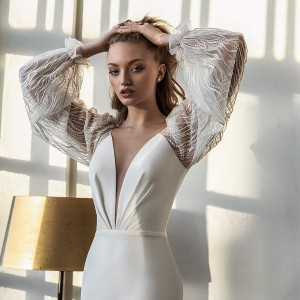 daria karlozi 2021 bridal collection featured on wedding inspirasi thumbnail