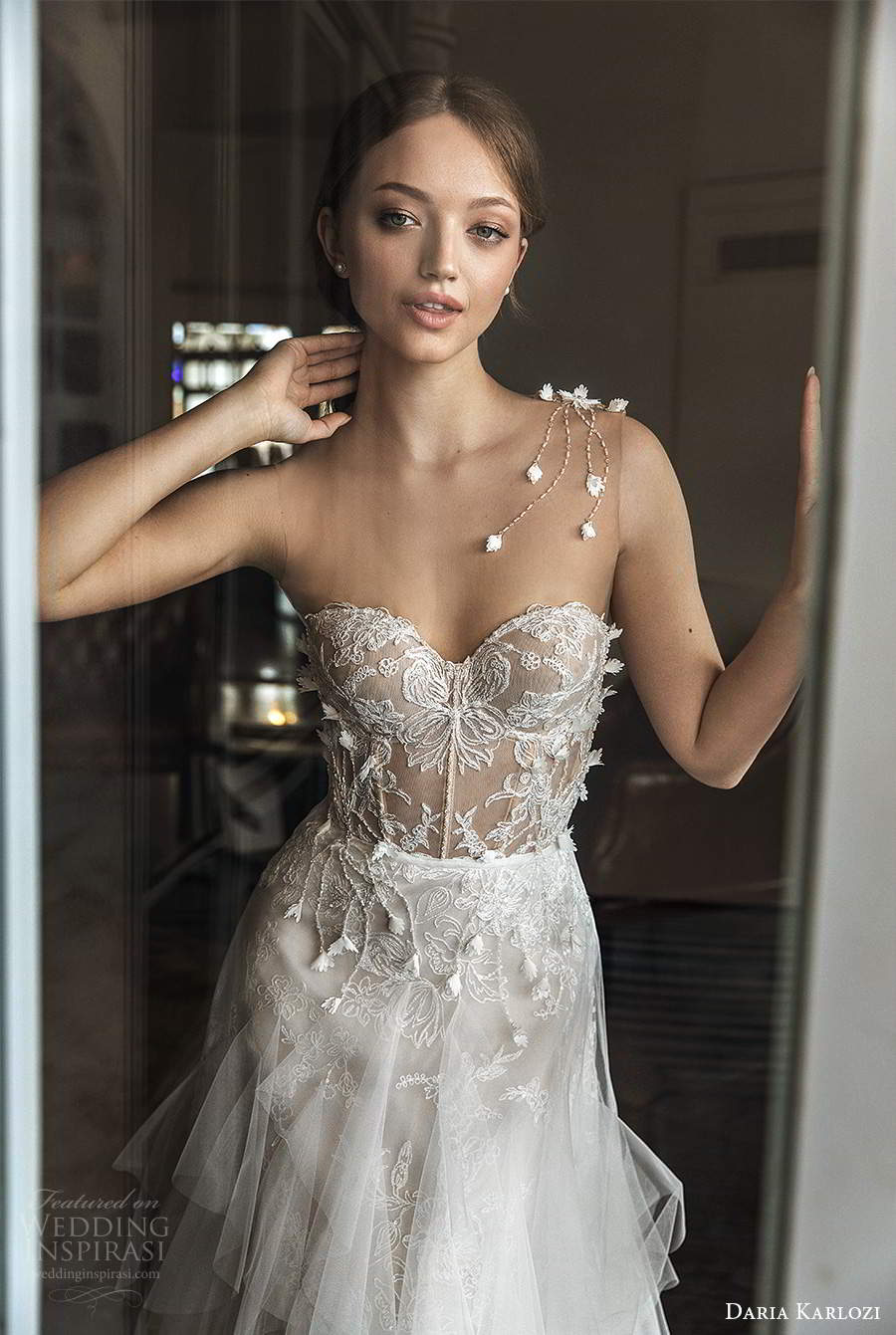 daria karlozi 2021 bridal illusion sleeveless sweetheart neckline embellished bodice a line wedding dress ruffle skirt chapel train (7) zv