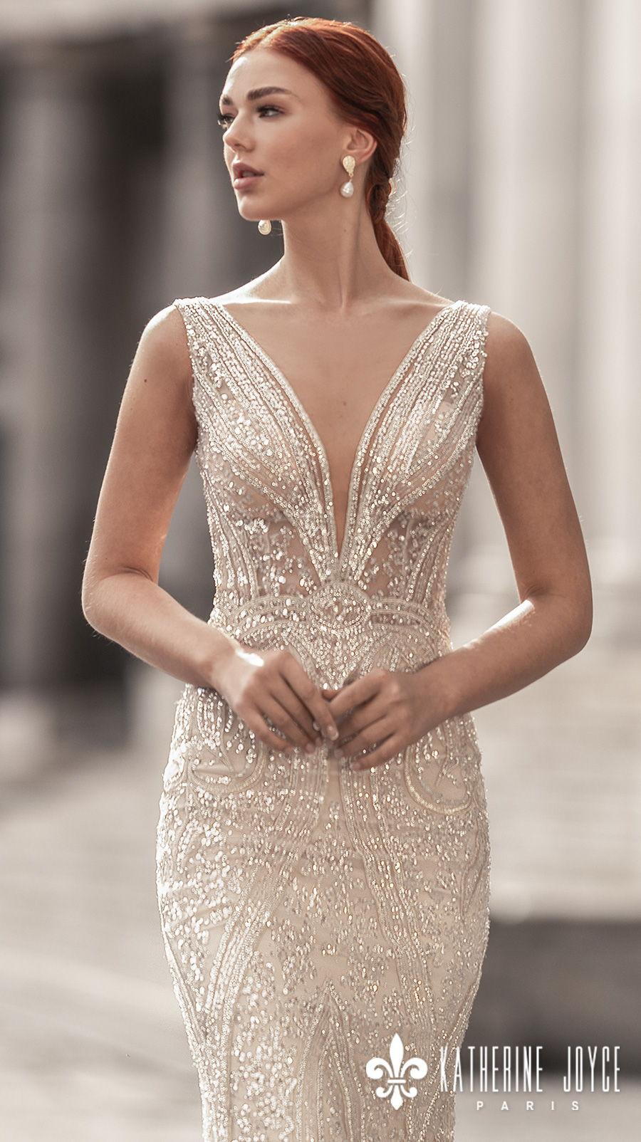 katherine joyce 2021 naples bridal sleeveless deep v neck full embellishment glitter glamorous elegant gold sheath wedding dress v back sweep train (sirena) zv