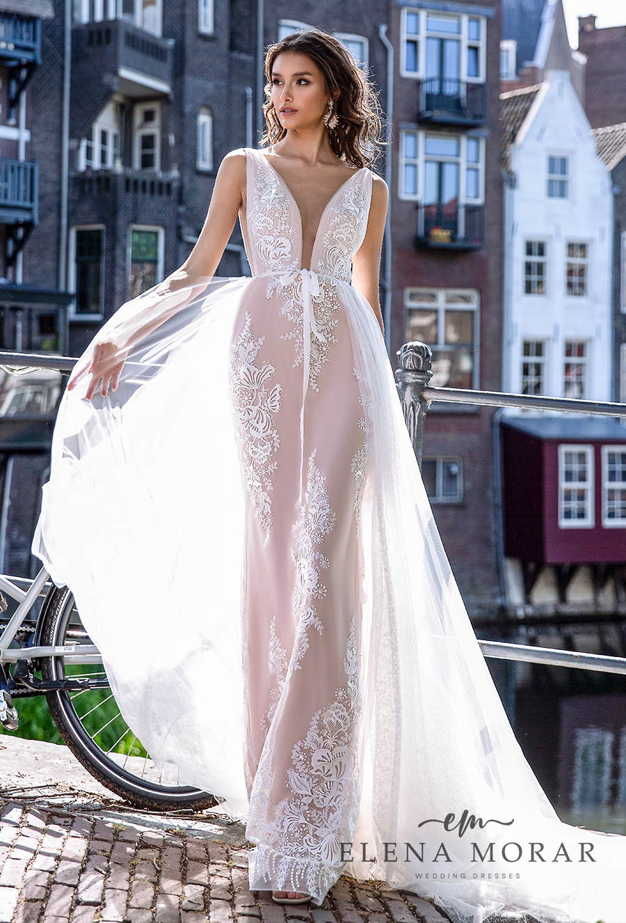 elena morar 2021 rotterdam bridal sleeveless deep plunging v neck full embellishment romantic soft a line wedding dress chapel train (rm003) mv