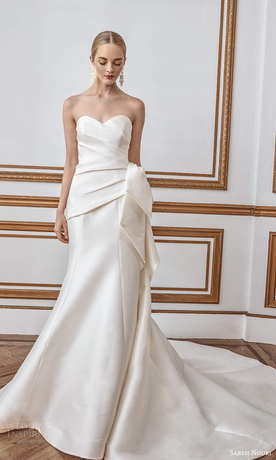 sareh nouri fall 2021 bridal strapless sweetheart neckline ruched bodice bow waist clean minimalist mermaid wedding dress chapel train (8) fv