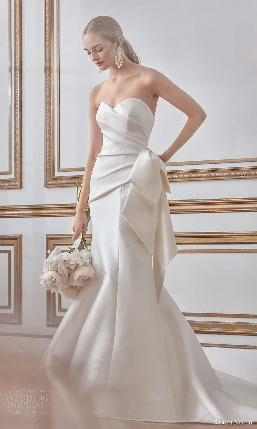 sareh nouri fall 2021 bridal strapless sweetheart neckline ruched bodice bow waist clean minimalist mermaid wedding dress chapel train (8) mv