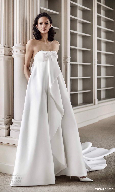 viktor rolf spring 2021 bridal strapless semi sweetheart neckline empire tent wedding dress chapel train (15) mv