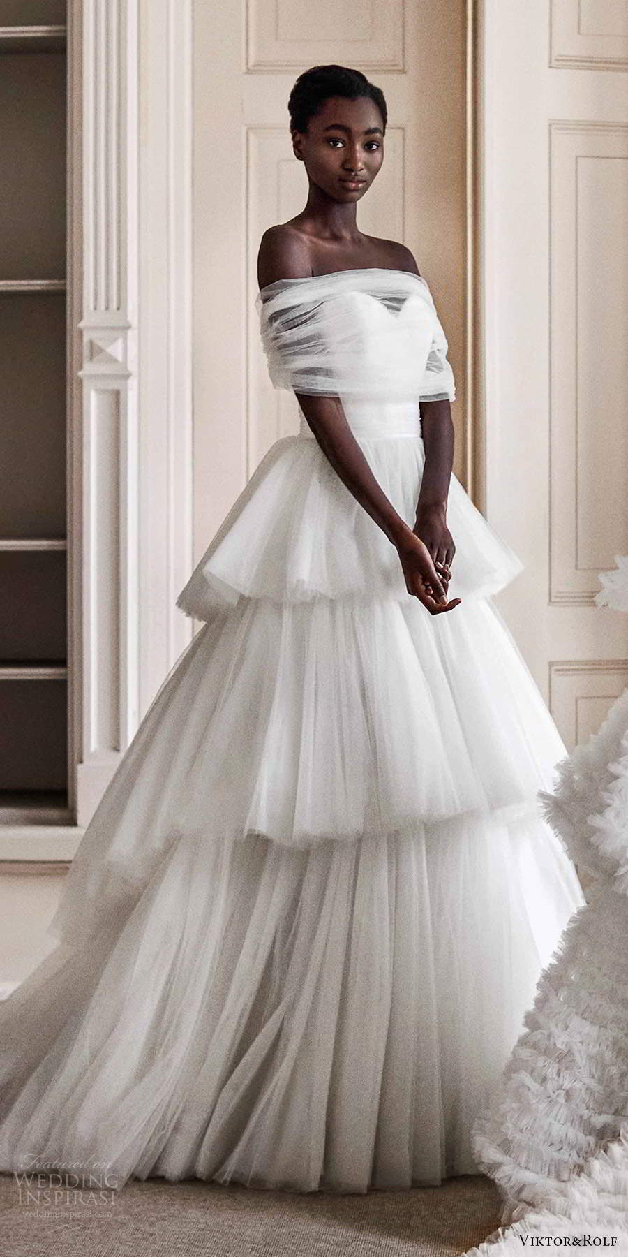 viktor rolf spring 2021 bridal strapless sweetheart tiered skirt ball gown wedding dress chapel train ruched tulle shrug (1) mv