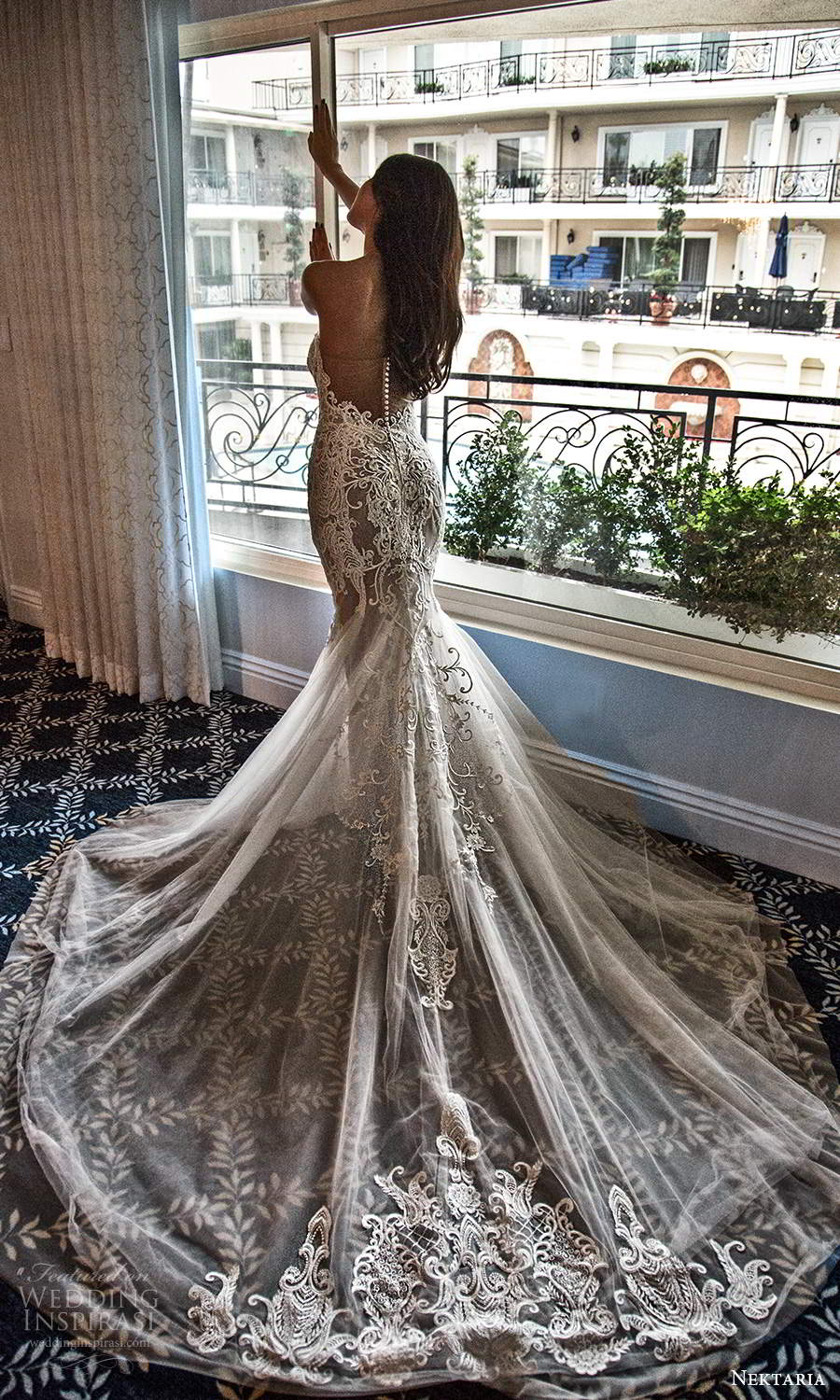 nektaria 2020 bridal strapless sweetheart neckline fully embellished lace fit flare mermaid wedding dress chapel train (2) zv