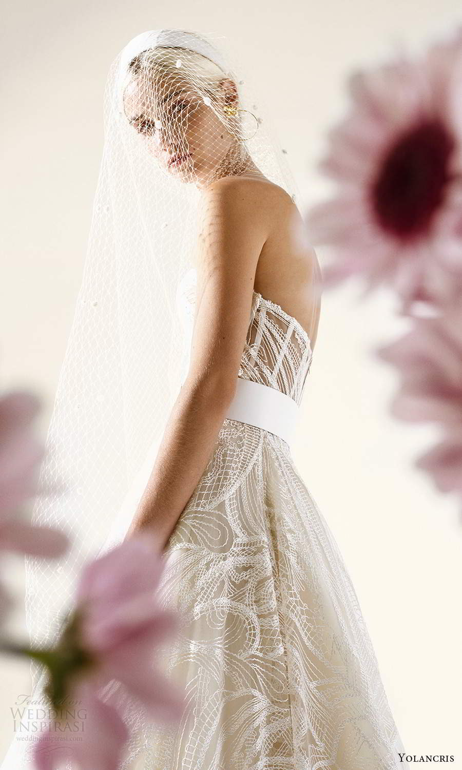 yolancris 2021 bridal strapless sweetheart neckline fully embellished lace ball gown wedding dress chapel train (1) zv