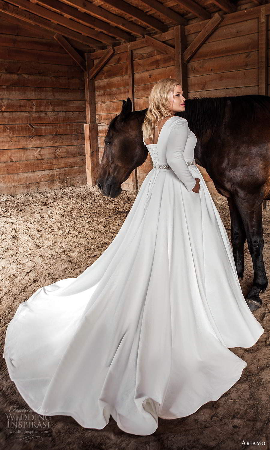 ariamo 2021 plus bridal long sleeves jewel neckline clean minimalist a line ball gown wedding dress chapel train (1) bv
